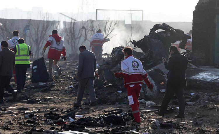 Un avión ucraniano se estrella en Irán y deja 176 muertos